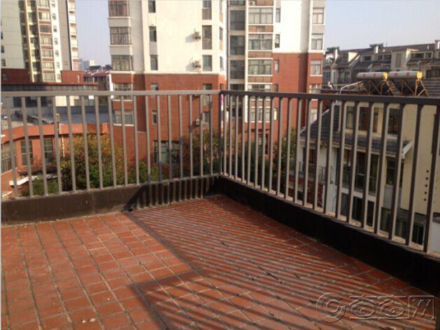 5楼南露台.jpg