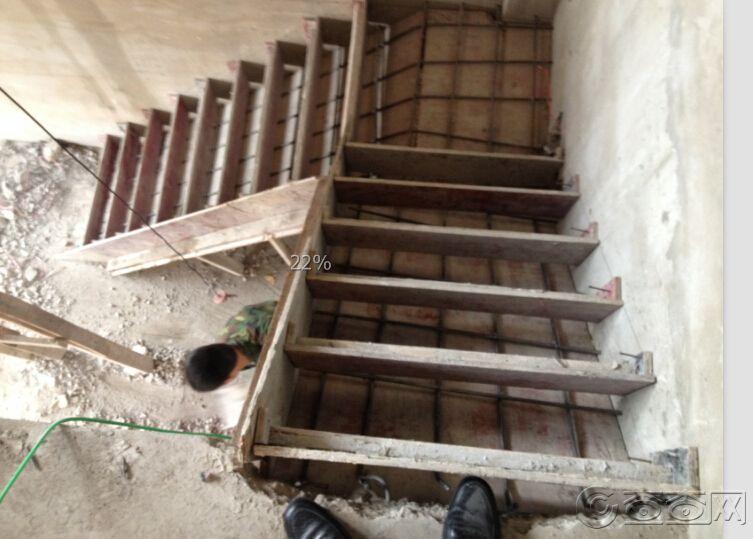 楼梯立模.jpg