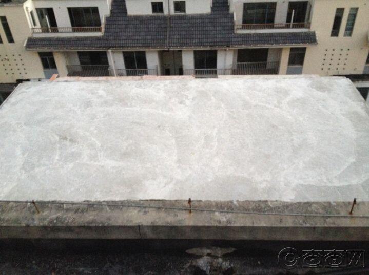 6楼平台浇筑完成.jpg
