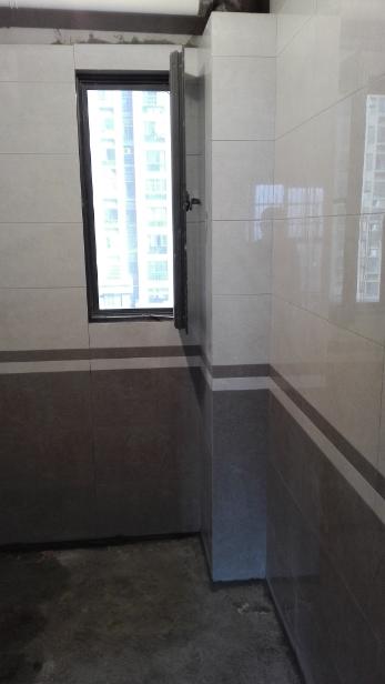 卫生间湿区墙砖